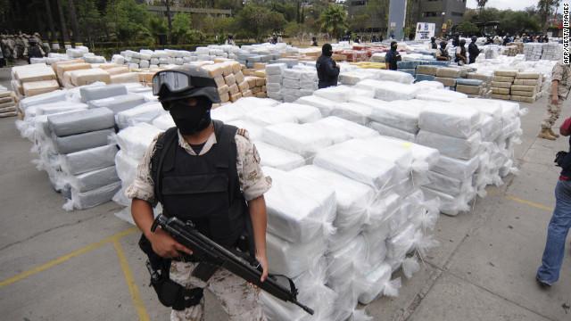 La lucha contra el narco en México: muertos a cambio de millones