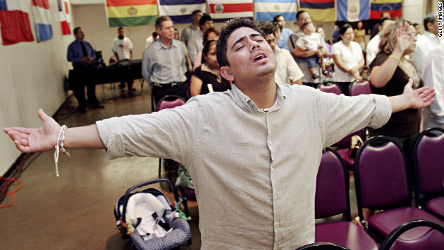 As number of Latino evangelicals grows, it&#039;s not politics as usual