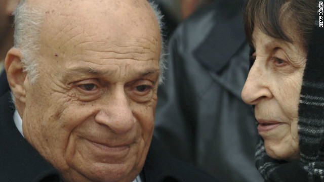 Rauf Denktas with Rahsan Ecevit, the widow of Bulent Ecevit, at the former Turkish prime minister's funeral in 2006.
