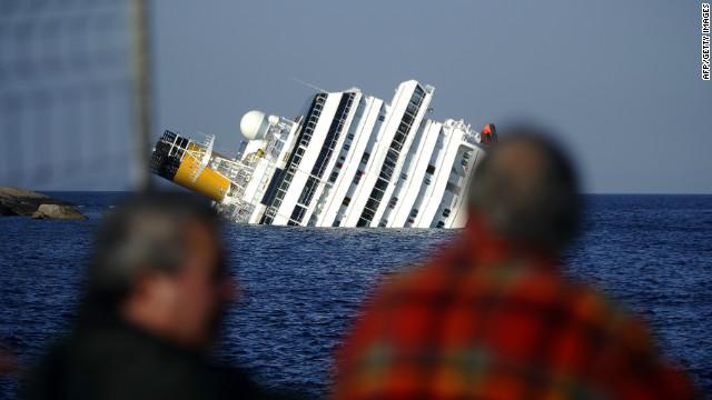 Suspenden las operaciones de rescate del crucero