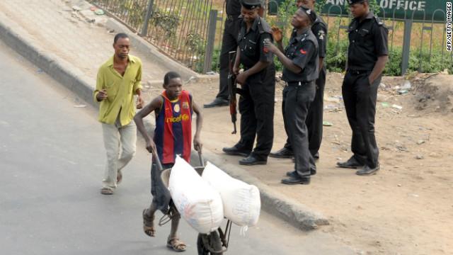 Nigeria enfrenta problemas e incertidumbre tras el fin de la huelga