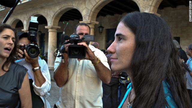 La activista Yoani Sánchez viaja fuera de Cuba