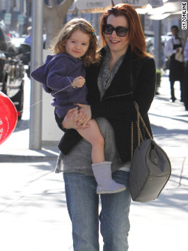Alyson Hannigan roams around Beverly Hills with her daughter.