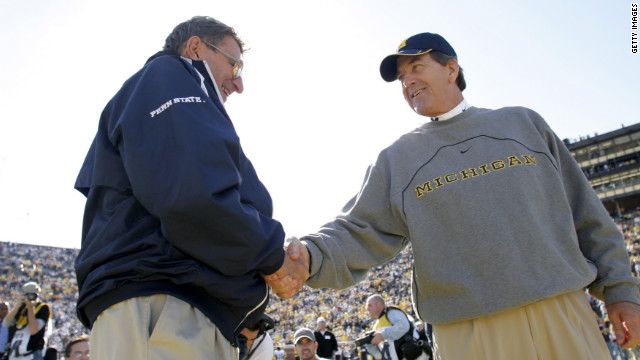 Paterno shakes hands with Lloyd Carr of Michigan before their game in 2005 in Ann Arbor, Michigan.