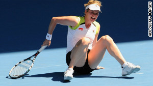 Kim Clijsters turned her ankle during her fourth round women\'s singles match against China\'s Li Na.