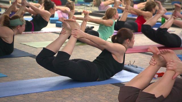 ¿Quién debe estar autorizado para enseñar yoga?