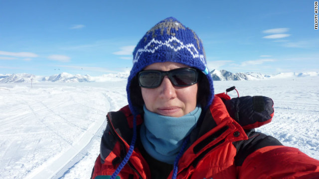 Woman first to ski alone across Antarctica
