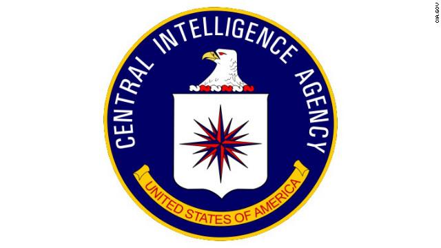 Un ex agente de la CIA es acusado de dar información clasificada a la prensa
