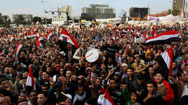Egipto vuelve a la plaza Tahrir para recordar un año de la revolución
