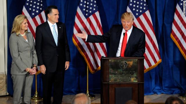 Donald Trump ofrece su respaldo a Mitt Romney