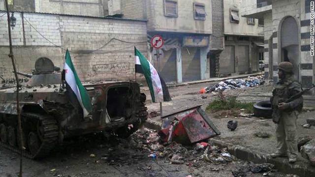 Rebeldes inician ofensiva en Siria mientras las fuerzas del gobierno hacen redadas