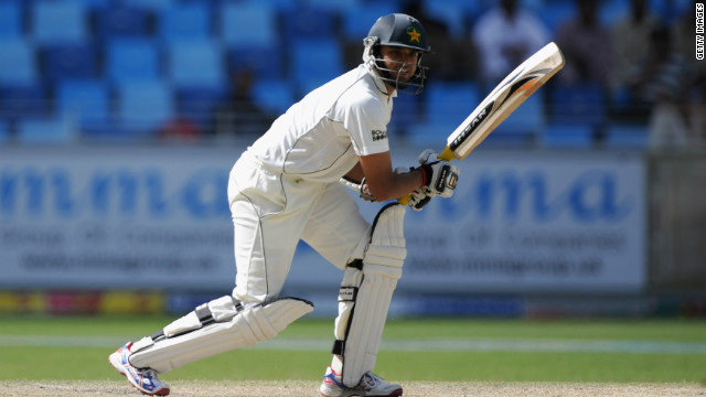 Azhar Ali scored a Test-best 157 to leave Pakistan in a winning position against England.