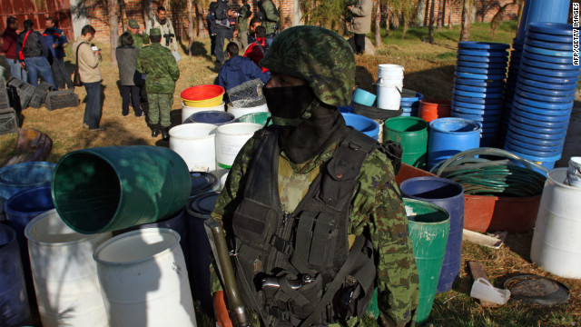 El ejército mexicano decomisa 15 toneladas de metanfetamina pura en Jalisco