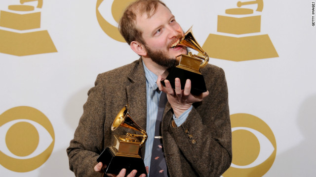 Bon Iver, or Bonnie Bear? The Internet's not sure