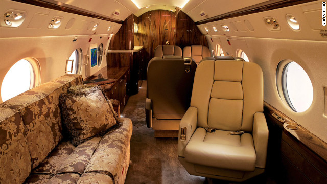 More muted tones on board the Gulfstream G550. Any interior styling is possible. 
