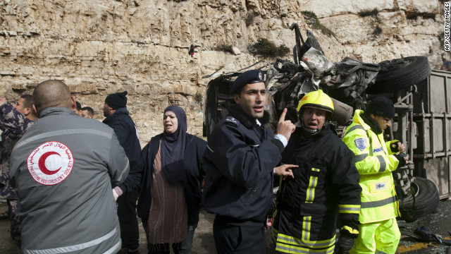 Bus, truck collision kills at least 6 in Ramallah