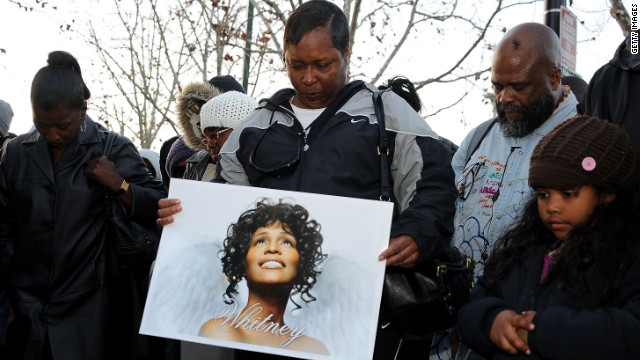 Ultiman detalles del funeral de Whitney Houston en iglesia de Nueva Jersey