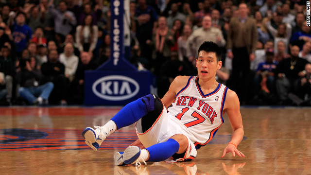 Jerermy Lin falls during a game between the New York Knicks and the New Orleans Hornets in New York on Friday.