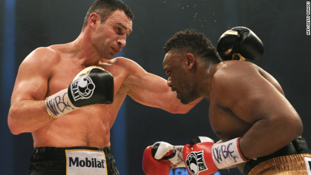 Vitali Klitschko (L) beat British challenger Dereck Chisora on points in Munich.