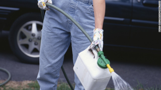 Group sues EPA over popular weed killer