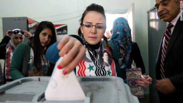 Jornada violenta en Siria en medio de la votación del referendo constitucional
