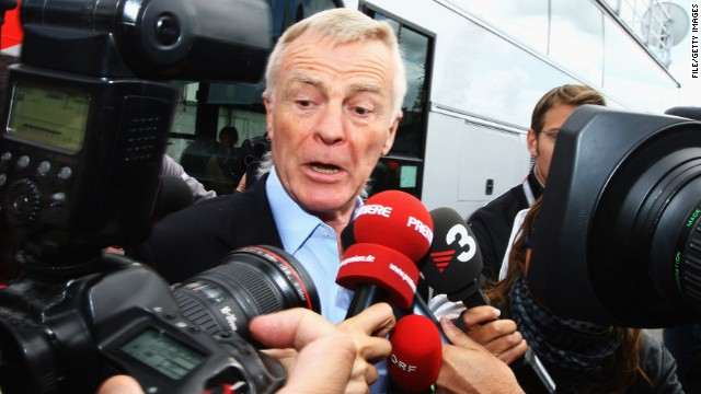 Max Mosley is surrounded by the media during practice for the British F1 Grand Prix at Silverstone, England on June 19, 2009.