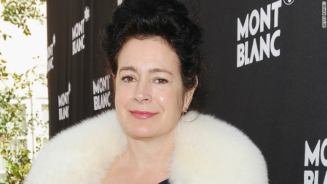 Actress Sean Young arrested for battery, released