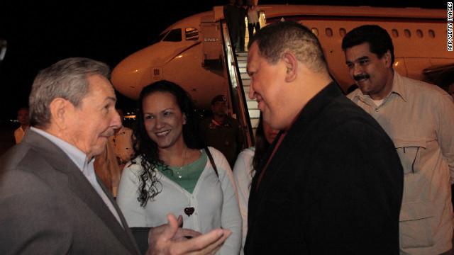 Hugo Chávez se encuentra estable tras ser operado en Cuba, dice vicepresidente Jaua