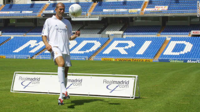 In 2001, Real Madrid broke the world transfer record to bring FIFA World Player of the Year Zinedine Zidane to Spain from Italian club Juventus. The fee for the French World Cup winner was reported to be €86.5 million ($115 million).