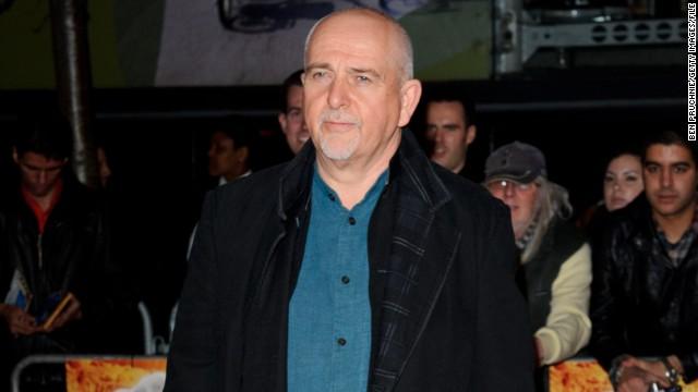 Peter Gabriel recibe una serenata desde el espacio