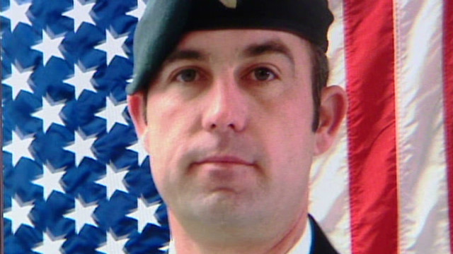 Soldier who died trying to rescue daughters to be buried at Arlington
