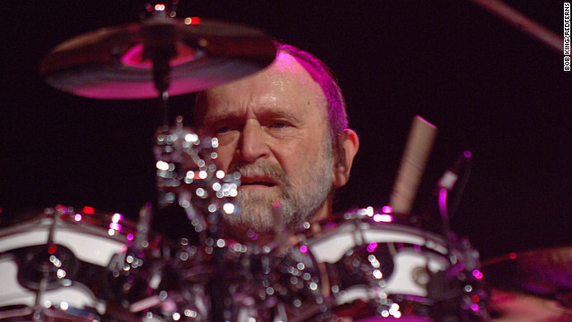 Doobie Brothers drummer <a href='http://www.cnn.com/2012/03/13/showbiz/music/michael-hossack-dead-rs/index.html' target='_blank'>Michael Hossack </a>died at his home in Dubois, Wyoming, on March 11 at the age of 65 after battling cancer for some time.