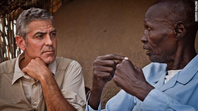 George Clooney testifica sobre crímenes de guerra en Sudán