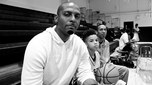 Penny Hardaway, left, stepped in to help his friend Desmond Merriweather, whose son, Nick, rose up in the state title game.