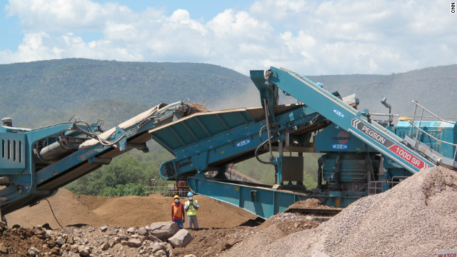 Three plants of Marange Resources produce a minimum of 200,000 carats every month, according to its mining manager.