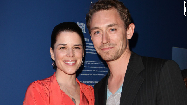 Baby on the way for Neve Campbell