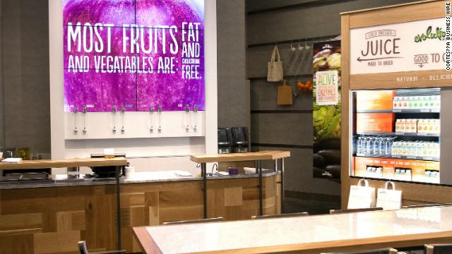 Starbucks abre su primer bar de jugos
