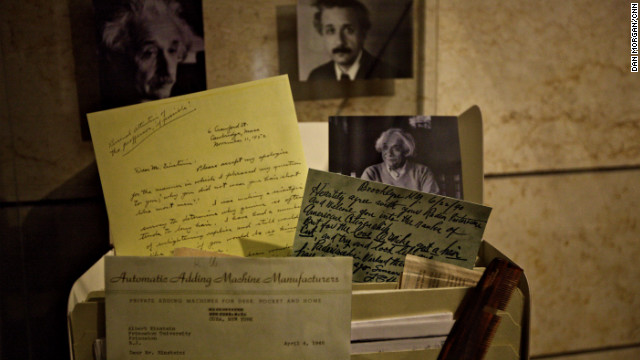 Einstein&#039;s writings made available online