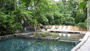 This spa is the smallest hot springs in the Arenal Volcano area.
