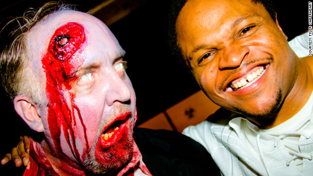 Fans swarm 'Walking Dead' finale party in Atlanta