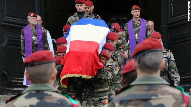 El sospechoso de asesinatos en Francia dice que actuó solo