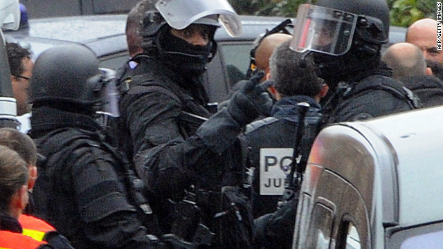 Sustained gunfire has rung out Thursday , March 22, at the house where French police have laid siege on the man suspected of killing seven victims in three separate gun attacks. The siege of Mohammed Merah has lasted more than 31 hours.