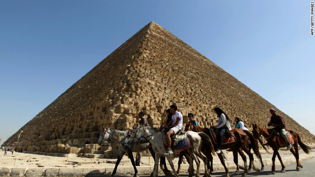 At the pyramids, smaller crowds
