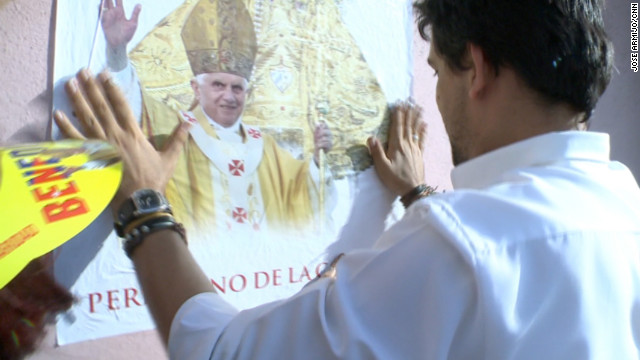 Engage: Cuban-Americans head to Cuba for Papal visit