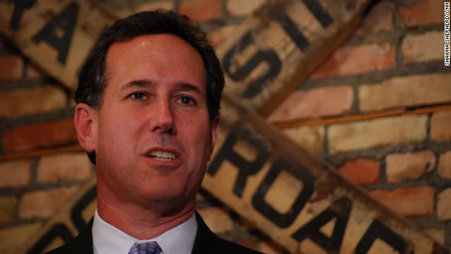 Santorum takes campaign to steps of U.S. Supreme Court
