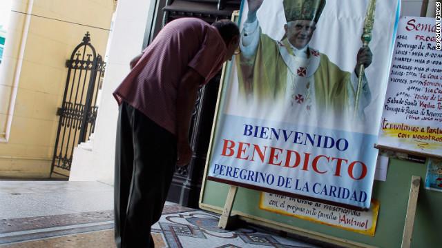 Benedicto XVI viaja a Cuba tras pedir un nuevo modelo para la isla
