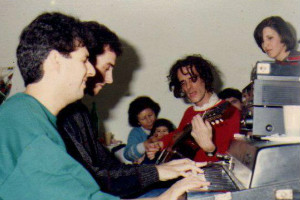 Mario Parmisano, su piano y su música
