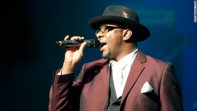  Bobby Brown performs at NJPAC Prudential Hall on February 19, 2012 in Newark, New Jersey.