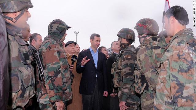 Siria se compromete a retirar sus tropas de los centros de población