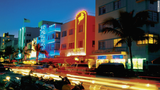 The Miami Design Preservation League offers a daily tour of South Beach's art deco historic sites. 